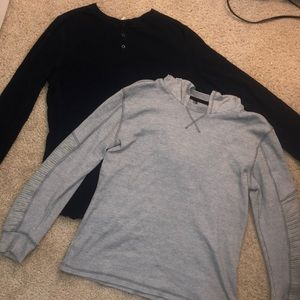 Bundle of two men's long sleeves